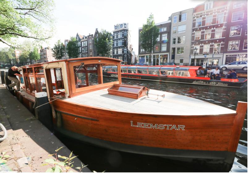 Mooring of Leemstar boat